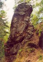 Dutý kámen - skalka sloupcovitě odlučného pískovce, Jiří Adamovič, 2001