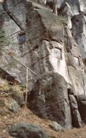 Křížová cesta ve svahu Křížového vrchu, Pavla Gürtlerová, 2003