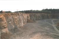 Záhoří - Proseč - amfiteátr lomu s výraznou sloupcovitou odlučností terciérních bazaltů, Markéta Vajskebrová, 2003