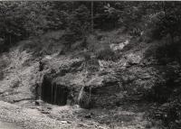 Babiččino údolí - vápnité sintry, Ratibořice při cestě pod Riesenburkem, Božena Havlíková, 1966