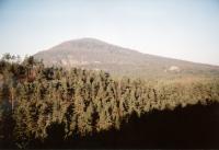 Vlhošť - krajinná dominanta, 614 m n.m., Jaroslav Valečka, 2003