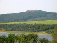 Jelení hora (993,5m) od Přísečnické přehrady, Bedřich Mlčoch, 2003