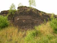 Střední část lomu - tufy s fragmenty podložních hornin, Pavla Gürtlerová, 2007