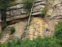 Skalní defilé na stráních Hlubockého dolu v hrubozrnných křemenných pískovcích stř. turonu., Pavla Gürtlerová, 2009