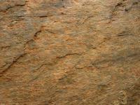 Skalní výchozy ve svahu pravého břehu Orličského potoka u Jablonného n Orlicí. Středně až hrubě zrnito-plástevnaté ortoruly., Pavla Gürtlerová, 2011