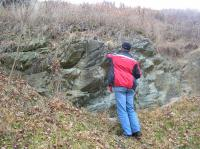 Skalní výchoz biotitického granodioritu v sedimentech karpatské předhlubně., Pavla Tomanová Petrová, 2011