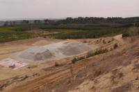 Pískovna, v pozadí rekultivované území., Pavla Gürtlerová, 2012
