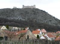 Pohled na Dívčí hrady od Pavlova., Jiří Burda, 2012