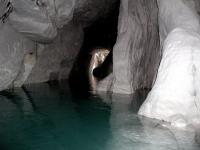 Pokračování pseudokrasové jeskyně uvnitř pískovcového masivu. , J Ondroušková, 2010