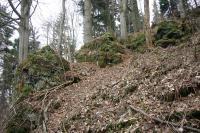 Zvrstvené strusky na severním svahu se uklánějí do centra vulkánu., Vladislav Rapprich, 2012