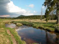 Safírový potok v pozadí Bukovec., Štěpánka Mrázová, 2009