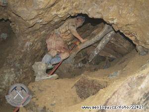 Ilegální těžba zlata