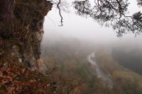 Pohled z vrcholovývh partií skalisek na udolí Dyje., Pavla Gürtlerová, 2014