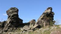 Výchozy na vrcholu Keprníku tvoří rozsáhlý srub o rozměrech 40×30 m, jehož výška dosahuje až 4 m. Horninou je jemnozrnná šedá, biotitická pararula. , Radek Mikuláš, 2007