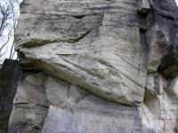 Po obou březích řeky Chrudimky se nacházejí pozůstatky po těžbě tzv. škrovádského pískovce, který tvoří významnou součást architektury Chrudimi. , Radek Mikuláš, 2007