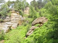 Skalní město ve Svojkobských skalách tvořené druhohorními křemennými pískovci březenského souvrství., Markéta Vajskebrová, 2015
