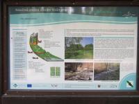 Naučná stezka Údolím Vošmendy provází územím PP v přeměněných horninách železnobrodského krystalinika, zejména chloriticko-seritických fylitech, místy proložených zelenými břidlicemi. Vyskytují se zde čisté krystalické vápence s pozoruhodně vyvinutým krasem s vyvěračkami v řečišti potoka a 85 m dlouhou puklinovou jeskyní. , Markéta Vajskebrová, 2016