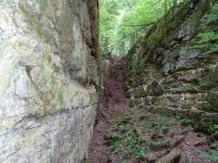 Výrazná dobývka žíly třetihorného nefelinitu tzv. Velké Čertovy zdi., Dominik Rubáš, 2016
