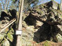Ostroh se skalními výchozy chloriticko-seritických a grafitických fylitů., Markéta Vajskebrová, 2014