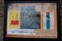 Transgrese kambria na proterozoikum v údolí Berounky při silnici z Týřovic do Roztok. Informační tabule., Pavla Gürtlerová, 2013