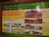 Informační tabule u Komorní hůrky., Markéta Vajskebrová, 2017