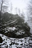 Vrcholové skály věžovitého charakteru s balvanitými sutěmi rul a migmatitů., Jan Doucek, 2020